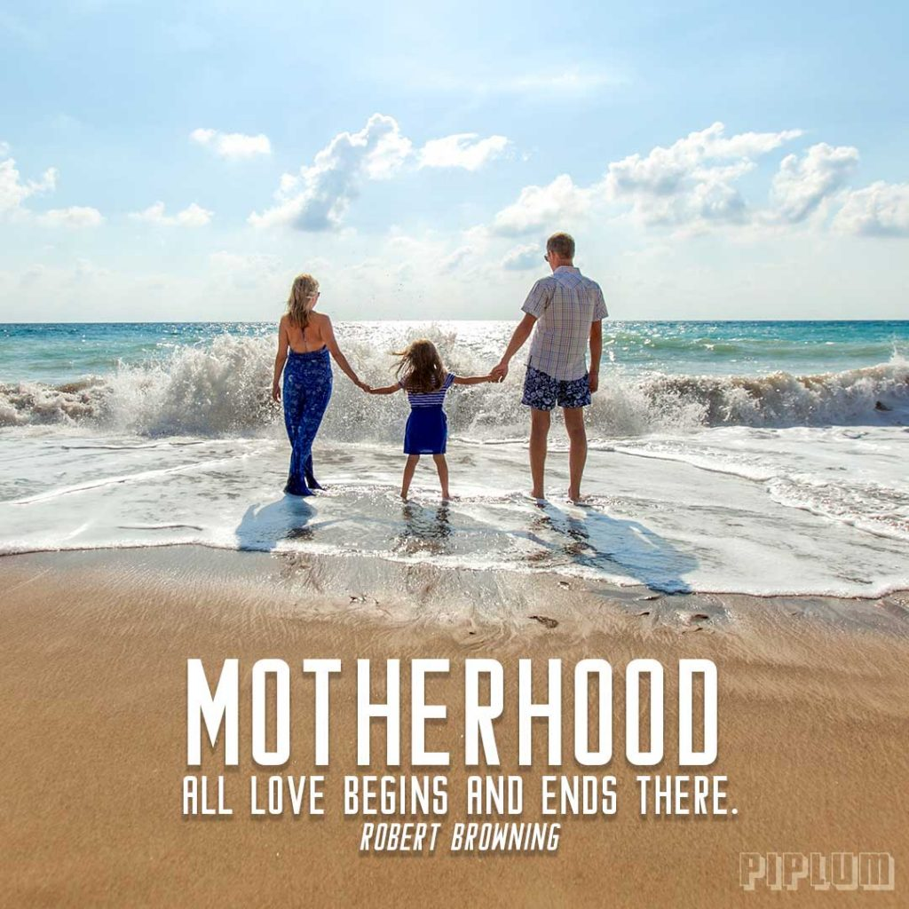 Love quote. Family holding their hands in the beach.