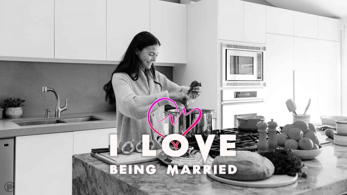 I-love-being-married-quote-kitchen