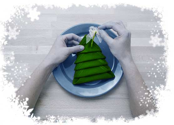Christmas-tree-folding-tutorial-Adding-a-bow-Step-6.