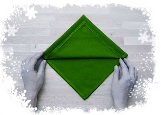 Christmas-tree- folding-tutorial-Foldingup-each-layer-Step 2.