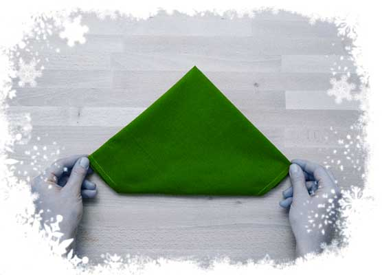 Christmas-tree-folding-tutorial-Flipping-the-cloth-Step-3.