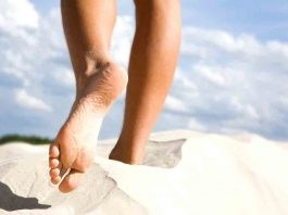 Only a few people know the immeasurable benefits of walking barefoot