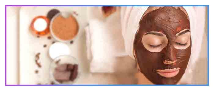 Chocolate masks rejuvenate women skin